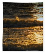 Sundown On The Waves Fleece Blanket