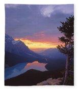 1m3607-sunset Over Peyto Lake Fleece Blanket