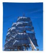 Tall Ships Race In The Ocean, Baie De Fleece Blanket