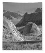 6m6552-bw-tenaya Lake Yosemite Bw  Fleece Blanket
