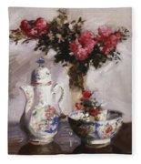 The Famille Rose Coffee Pot Fleece Blanket