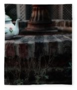 The Fountain And The Teapot Fleece Blanket