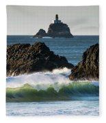 Waves Breaking At Ecola State Park Fleece Blanket