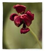 Withered Tulip Fleece Blanket