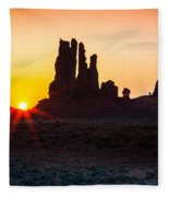Yei-bi-chei Rays Fleece Blanket