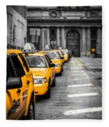 Yellow Cabs Waiting - Grand Central Terminal - Bw O Fleece Blanket