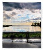03 Reflecting Fleece Blanket