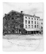 New York: Fraunces Tavern Fleece Blanket