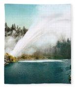 Yellowstone Park: Geyser Fleece Blanket