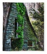 Back To Nature - Crumbling Barn Fleece Blanket
