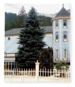 Beautiful Country Inn In Washington Fleece Blanket