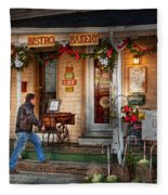 Cafe - Clinton Nj - Bistro Bakery  Fleece Blanket