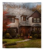 Cottage - Westfield Nj - The Country Life Fleece Blanket