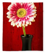 Daisy In Black Vase Fleece Blanket