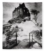 Duntroon Castle Fleece Blanket