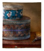 Furniture - Hat Boxes With Billow Fleece Blanket
