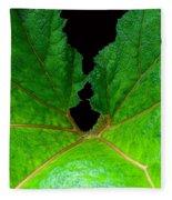 Green Spider Leaf Fleece Blanket