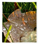 Leaf Beads Fleece Blanket