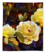 Les Roses Sauvages Fleece Blanket
