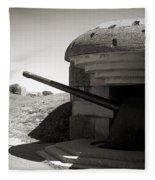 Longues-sur-mer German Battery Fleece Blanket