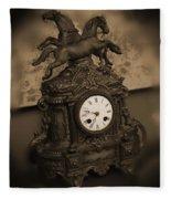 Mantel Clock Fleece Blanket