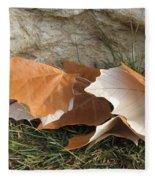 Maple Leaves Contrasted Fleece Blanket