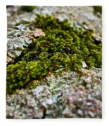 Moss In The Middle Fleece Blanket