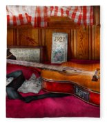 Music - Guitar - That Old Country Feel Fleece Blanket