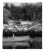 New England Skiff Bw Fleece Blanket
