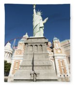New York Hotel Fleece Blanket