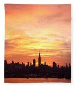 Ny Skyline -daybreak Splendor Fleece Blanket