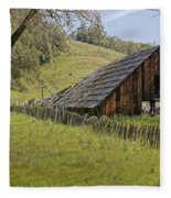 Old Barn On Highway 20 Fleece Blanket