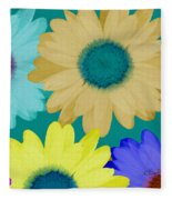 Oversize Daisies Fleece Blanket