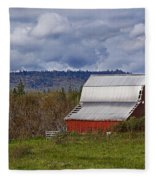 Red Barn With Tin Roof Fleece Blanket