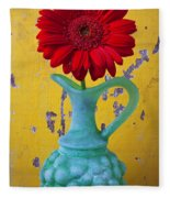 Red Daisy In Grape Vase Fleece Blanket