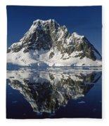 Reflections With Ice Fleece Blanket