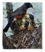 Robin And Babies In Nest Fleece Blanket