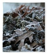 Seaweed And Oak Leaves Fleece Blanket