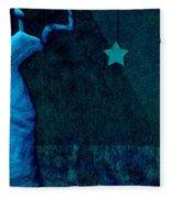 Stone Men 30-33 C02c - Les Femmes Fleece Blanket