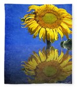 Sunflower Reflection Fleece Blanket