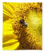 Sunflower With Bee Fleece Blanket