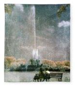 Two People By Buckingham Fountain Fleece Blanket