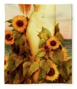 Clytie Fleece Blanket