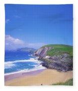 Coumeenoole Beach, Dingle Peninsula, Co Fleece Blanket