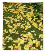 Ginkgo Biloba Leaves Fleece Blanket