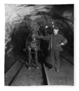 Pennsylvania: Coal Mine Fleece Blanket