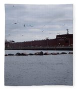21 Gull Salute Fleece Blanket