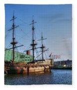 262 Amsterdam Fleece Blanket