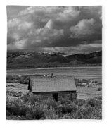 2d07515-bw Abandoned Cabin Fleece Blanket