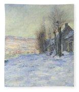 Lavacourt Under Snow Fleece Blanket